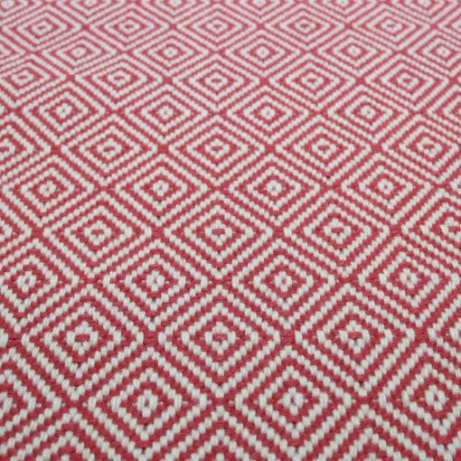 Diamond flatweave rouge collection