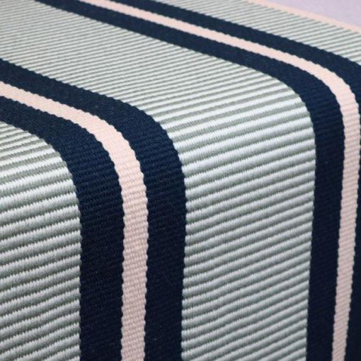Tapis d'escalier tissé plat, 100% laine Stripes. Transat Peacock PNT28