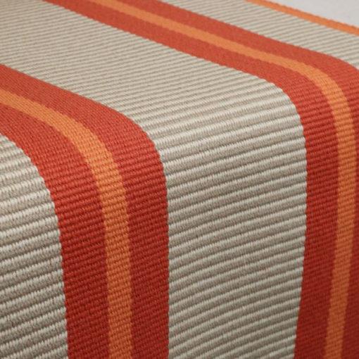 Tapis d'escalier tissé plat Stripes. Transat Tangerine PNT29